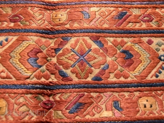 chinese belt 19th century silk embroidery.size 232 x7 cm