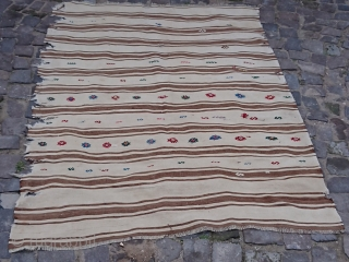 Antique Tribal itege kilim from karapınar İtege) =The cloth that is laid on the ground so that flour is not spilled while sifting. size=192x133 cm