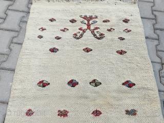 Very interesting konya obruk pray tulü rug Size=150x85 cm completely original