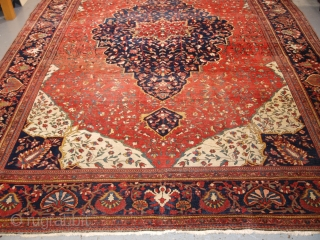 Antique Sarouk carpet of classical design dating from the end of the 19th century. www.knightsantiques.co.uk   Size:11ft 10in x 8ft 10in (360 x 267cm).  Circa 1890.  The carpet is of very fine weave with tight  ...