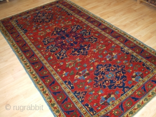 Antique Turkish or Eastern European reproduction of a 17th century Star Ushak rug. www.knightsantiques.co.uk   Circa 1900/20.  This rug is an outstanding reproduction of the famous and sought after 17th century Star Ushak design  ...