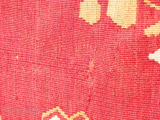 Large Eastern European Kilim, Bessarabian? - good condition, minor stains and removable spots of dirt, needs a clean - see photos. Wool on wool. Colours - magenta, ivory, olive green.