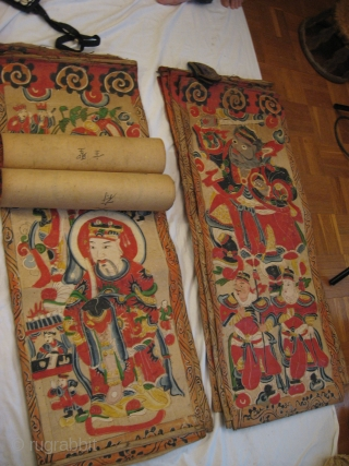 Impressive Yao Taoist Pantheon, painted on paper.Complete and in very good condition. 17 larger - and 11 smaller pieces. More pictures on request! See for simular : Peoples of the Golden Triangle, Six  ...
