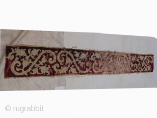 17C.European Velvet, Applique' textile fragment. 25 x 204 Cm. Some candle wax spots that have not been removed yet, see pictures !http://www.blogger.com/profile/13356506741083571546