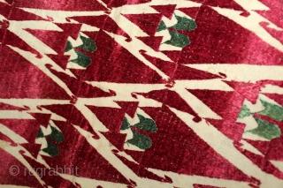 Khanjar Thirma Phulkari From West(Pakistan)Punjab India Called As Khanjar thirma Bagh.C.1900.Floss Silk on Hand Spun Cotton khaddar Cloth.(DSE03640).