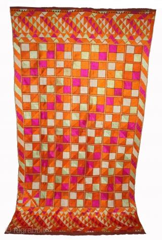 Phulkari From East(Punjab)India Called As Punjabi Bagh.Rare Design.Floss Silk on Hand Spun Cotton khaddar Cloth.Mind Condition.(DSL03470).
