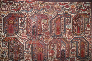 ca.1880 Amazing Kashqai rug ,, wonderful Natural colours,, size:187x157 cm  6.2x5.2 ft