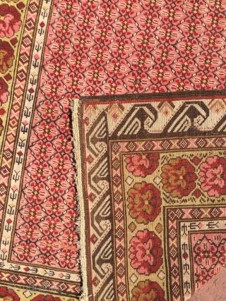 Seychour Rug circa 1900 Dimensions : 220 x 130 cm