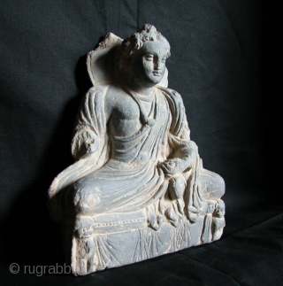 """Beautiful Gandhara Grey Schist Stone Buddha, 2nd to 3rd Century, NW Frontier Area, Afghanistan/Pakistan. 9""""tall x 8""""wd."""