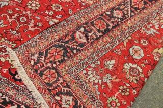 "Very decorative Heriz carpet (yes, really!) 12'2"" x 18'11"" / 370 x 576cm"