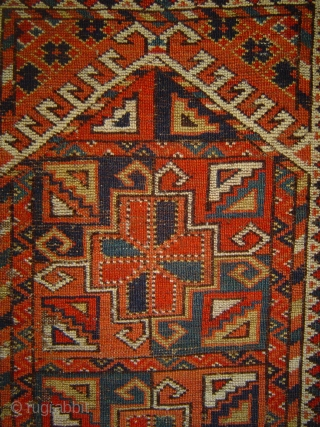 Antique Ersari Kizil Ayak namazlyk, 37 x 49 inches. Wear as visible, sound foundation. Late 19th/early 20th century.