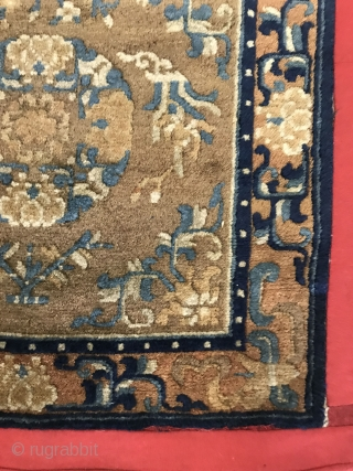 Ningxia temple mat blanket, mid-19th century, size 350X70cm (not including red cloth edge) without repair. Welcome to consultation