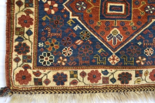 Beautiful antique with good pile Luri Qasqai Bagface ... all good colors
