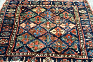 United Colors Of Jaf Kurd Bagface. Rare and interesting design. size 54 x 49 cm .Good pile and exelent quality wool.Natural colors.