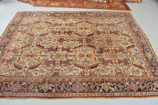 Beautiful Old rare designed Heriz 311 x 250 cm