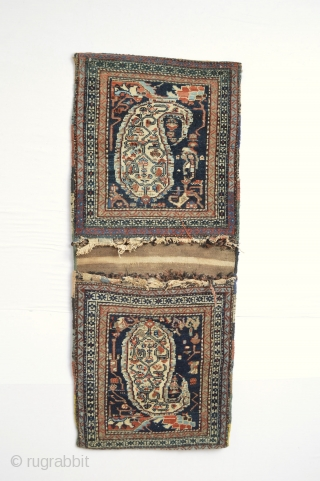 Beautiful compleet old afshar bags designfull And ready to display on your wall at home or office :)