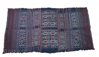 Fine Indonesian antique Ikat cloth from island of Lembata