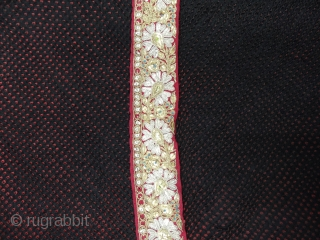 Khoja bandhni (Tie and Dye) Odhani on Gajji-Silk with Real Zari Border,This Particular bandhni is from south Kutch, Kutch Gujarat, India. Its size is 85cmX150cm. C.1900.Very rare type of Tie and Dye  ...