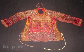 Ceremonial Womens Blouse(Kapada)FIne Mutwa Embroidery From Kutch Gujarat India.This were Traditionally used mainly Mutwa Sayed Khatri Community of Kutch Gujarat India.C.1900.Its Size is SL-46cm,SR20cm,Lng-43cm,B27cm,bck25cm(DSC00376 New).
