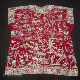 Cheena-Cheeni no Jhablo,Parsi Jhabla(Blouse)From Surat Gujarat India.This kind of Jhabla's were embroidered by Chinese artisans in the town of Surat in Gujarat for the Parsi women of that region.The Parsi's are a  ...