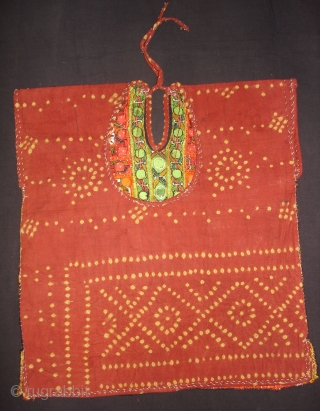 Woman's Tunic(Choli),Meghwar Group,Tharparkar Sindh Area Pakistan.L55 cm,W50 Cm.Silk-thread Embroidery,Lined with Tie and Dye Cotton(DSC09415 New).