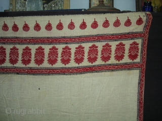 Floral Block Printed Cotton Odhana From Nakhatrana, District of Kutch,Gujarat,India.Its size is 138X260cm.Condition some very small holes.Its Rare piece of Odhana(DSC08140 New).