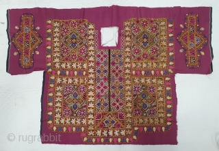 Mochi Embroidered Dress-Front(Patti)from Sindh Region of undivided India. India.Silk Embroidery on Silk,C.1900.Belongs to Meghwar group of tharparkar Sindh Region. Mochi embroideries were done by the cobblers (Mochi community)of Sindh Region.  Its size  ...