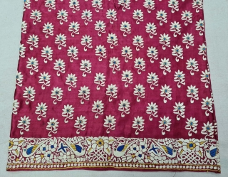 Parsi Jhabla or Jhablo (Blouse) From Surat Gujarat India. The 'four over, under one satin weave is embroidered with Brids and Flowers design.This kind of Jhabla were embroidered by Chinese artisans in  ...