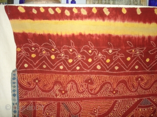 Tie and Dye Odhani From Shekhawati Distric of Rajasthan. India.Its Very rare Single Bandh Tie and Dye.Natural Colours.Its size is 154cmx205cm(DSC03600 New).