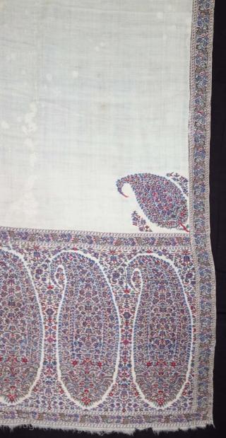Highly Sikh Period Palledar Shawl of Kani Jamawar, From Kashmir, India. c.1820-1840. Its Size is 130cmx300cm (DSC08522).