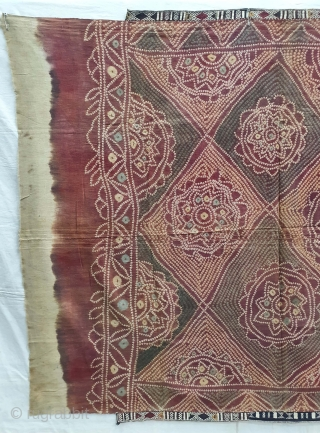 Ceremonial Tie and Dye Odhani ,Its An Single Bandh (One by one Tie and Dye done) odhani From Shekhawati District of Rajasthan. India.Its Very rare Single Bandh Tie and Dye Odhani. Natural  ...
