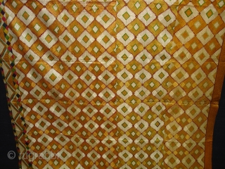Phulkari From West(Pakistan)Punjab.India.Diamond Design Bagh With rare Influence of Multi-Colour Border(DSC07198).