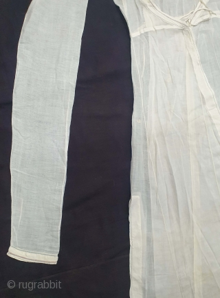 Angarkha(Coat) Very fine Muslin Cotton with Applied work, From Uttar Pradesh. North-India. India.C.1900.Worn by Royal Nawab Muslims Family Of Lucknow(20201226_145930).