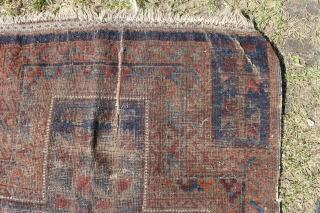 Small antique Timuri rug, bad condition, ok colours, washed.