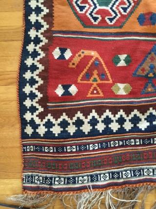 Very nice Qashgai gelim in good condition, 1920-1950. It measures 258x150 cm.