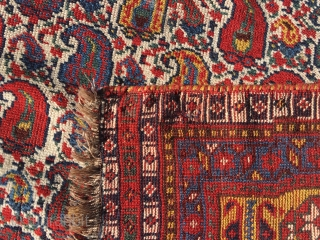 Antique very beautiful Khamse rug, 270x156 cm, in good condition. All colours looks nice.