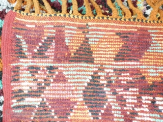 Morocco, probably Beni Sadden, fantastic design, 2 x 3 meter. Price upon request