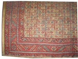 "Bakshaish Heriz Persian antique.  Size: 186 x 171 (cm) 6' 1"" x 5' 7""  carpet ID: P-3112