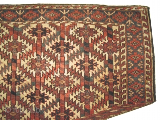 """Yemouth Osmalduk turkmen 1880, antique, collector's item, Size: 121 x 67 (cm) 4'  x 2' 2"""" feet, CarpetID: JR-1. The knots are hand spun lamb wool, vegetable dyes, the black color is  ..."""
