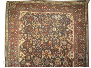 Qashqai Persian, circa 1910 antique, collectors item, Size: 134 x 204cm,  Carpet ID: 0001 Vegetable dyes, the black color is oxidized, the knots are hand spun wool, all over designthe background is  ...