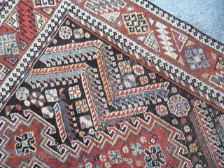 Antique LORY in good condition, not full pile but all original sizes and ends, no holes or restors. Maybe a nomadic KHAMSEH-Fars. Wool on wool foundations.  More pictures on request.  TY for your attention.   ...