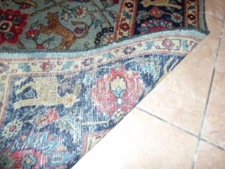 Oriental antique persian carpet size cm. 198 x 140 cm. Original antique TEBRIS in good condition. Very original color and design. More photos on request. Warm regards from COMO !