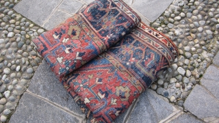 Size m. 3,57 x 2,61 antique Karadjeh Azeri persian carpet IN very, very good condition. Full pile without damages, restors or repils, and original ends and borders. More info and photos on request!  IT Has  ...