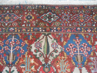 Chahar Mahal-va-Bachtyari is the region of Persia which the carpet has been knotted.