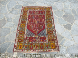 162 x 101 cm Antique KIRSHIR prayer rug in very good condition All wool and natural dyes for this Anatolin carpet. The piece is all original.NO restors for this Kirsehir. Ask for more info and  ...