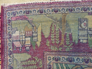 ntique Kashan Rug with Beautiful design and perfect condition available. Size 206x130cm