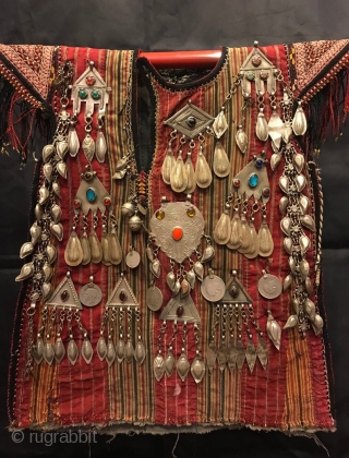 Turkmen vintage handmade baby dress kaftan   Size:  Height : 45 cm Lenght : 35 cm  Vintage Traditional Nomad child ceremonial dress & vest a child would wear and The Dress is decoreted by hand  ...