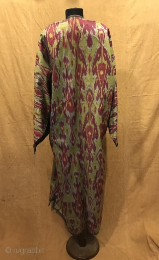 Uzbek Antique silk ikat chapan clothes  Size  Height : 135 cm Under arm : 72 cm Shoulder size : 60 cm  Fast shipping worldwide   Thank you visiting for my shop :)