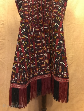 19.th century Turkoman caftan chirpy clothes Unique ethnic tribal embroidered chirpy kaftan , wedding ceremony overall clothing  Size:  Height : 110 cm Under arm : 62 cm Shoulder size : 40 cm  Please feel free if you  ...