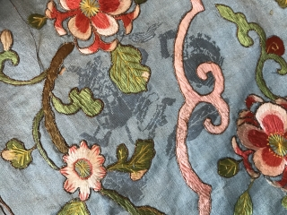 Cool and interesting Chinese embroidery circa 19th century !  Nice colors Silk and metal Embroidered on a Japanese blue silk satin ! Good condition ! Needs to be cleaned !  Size :  ...